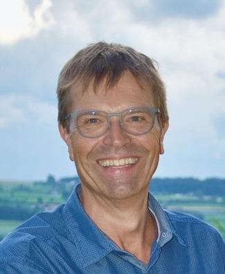 Ruedi Giger  dilp. Drogist und Inhaber drogi.ch